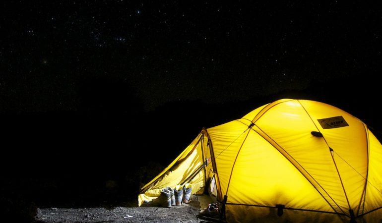 Réserver un hébergement dans un camping proche de la mer
